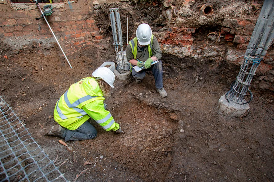 Excavation reveals Roman discoveries at the Guildhall